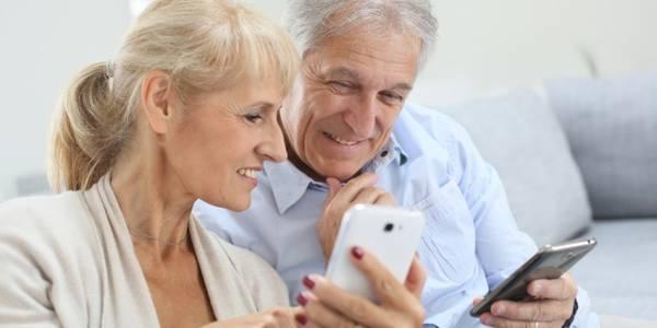 Бабусі онлайн: документи для оформлення пенсії можна подати з дому