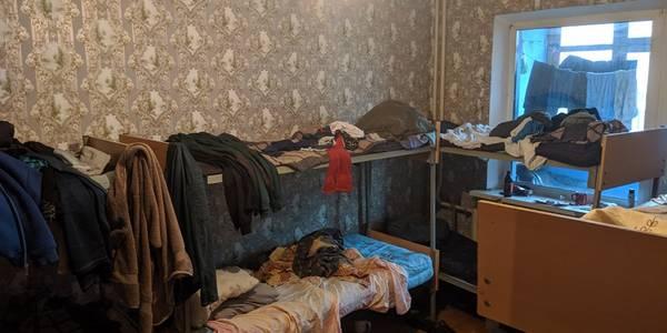 Що відбувається у київських нелегальних хостелах