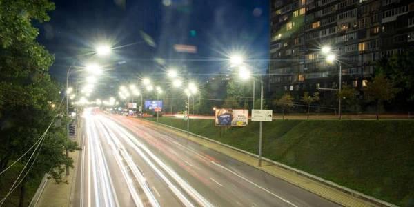Киянам погрожують масово вимкнути електрику