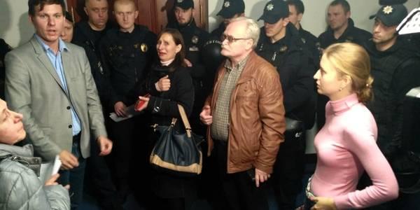 Конфлікти на Хрещатику: заяви і протести на сесії Київради