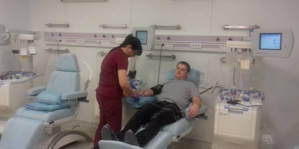Столичні поліцейські здали кров для пацієнтів Охматдиту