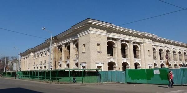 Гостинний двір для громади: Київрада запропонувала Кабінету міністрів передати пам'ятку