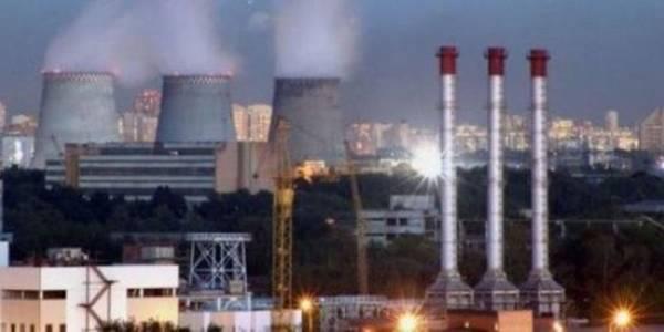 Кияни скаржаться на прохолодні батареї, тарифи на воду та опалення