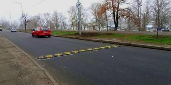 У прогулянковій зоні на Оболоні довелося приборкувати любителів швидкості