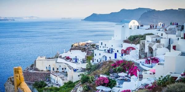 З аеропорту у Жулянах будуть літати на острови Греції