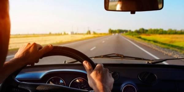 Гроші за безпечне керування автомобілем: в Україні запустили мобільний додаток