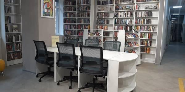 У Святошинському районі відкрилася оновлена бібліотека