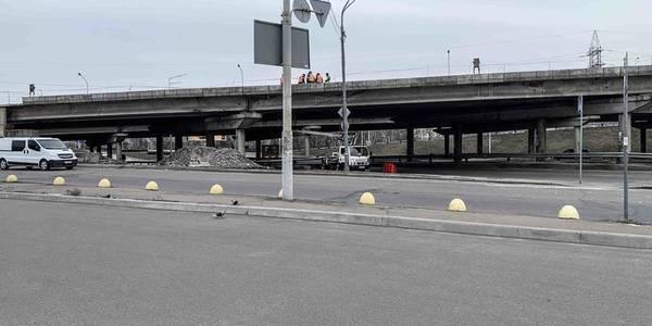 Вздовж проспекту Бандери будують велодоріжки