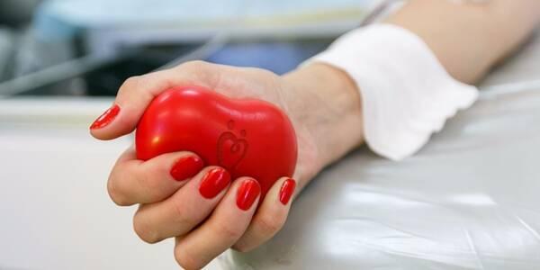 Як правильно здавати кров під час карантину