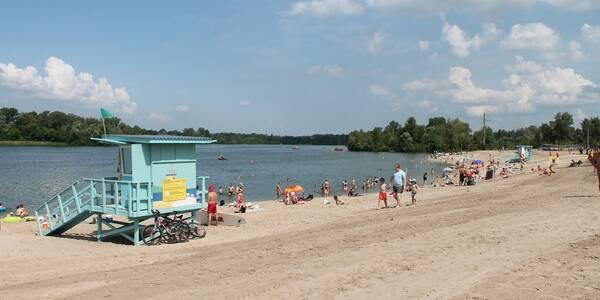 Пляж на Троєщині отримав міжнародний знак якості