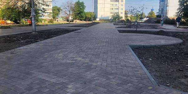 Липова алея на Троєщині перетворюється на громадський простір