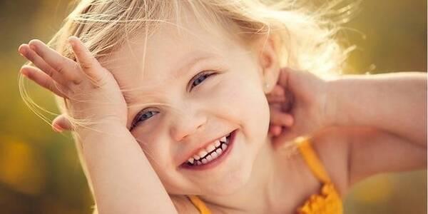 Сьогодні святкують Всесвітній день усмішки